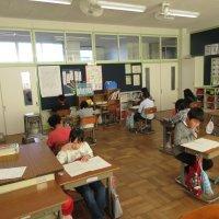 3年生は復習のテストをがんばっています。